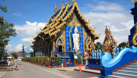 Blue-Temple-Chiang-Rai-2