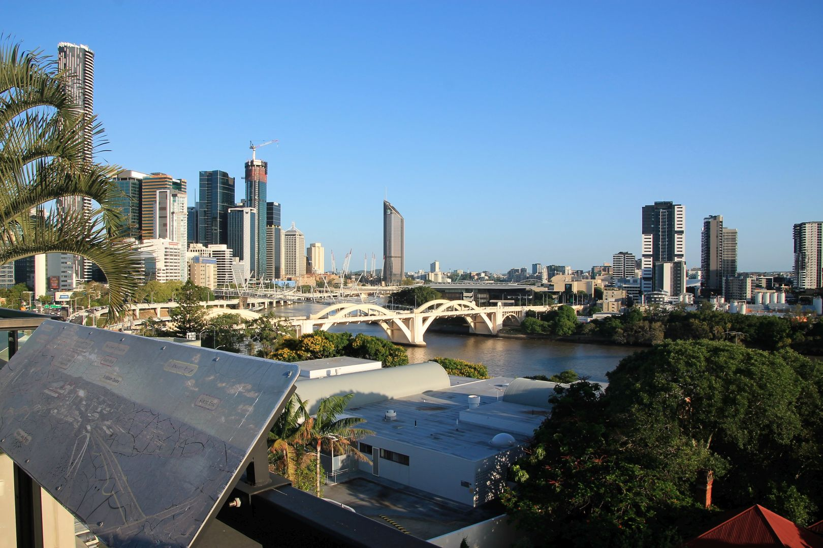Brisbane-Skyline-1