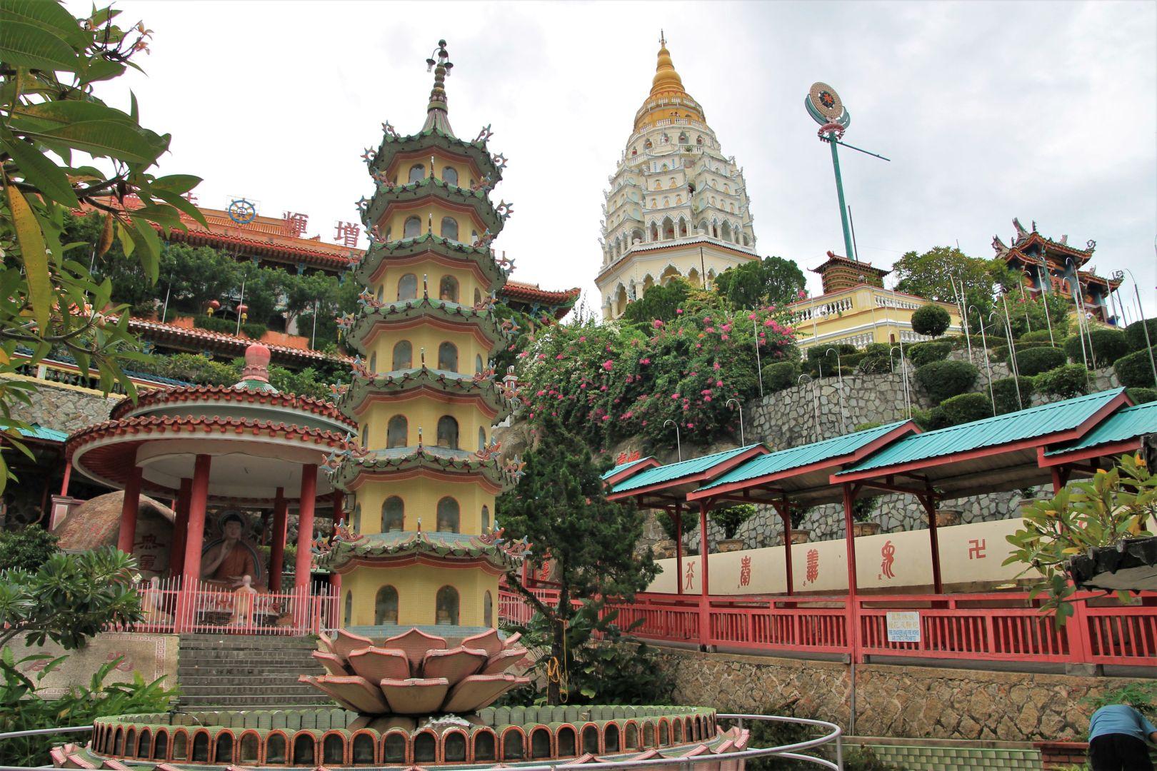 Kok-Lok-Si-Temple-5