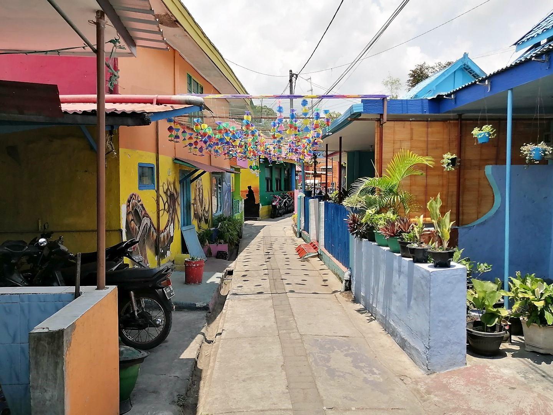 Rainbow-Village-18
