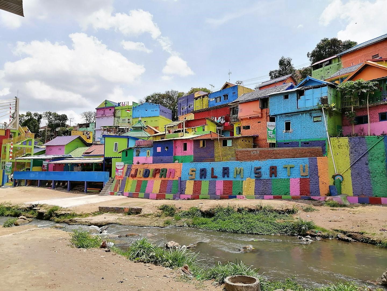 Rainbow-Village-27