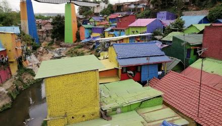Rainbow-Village-10