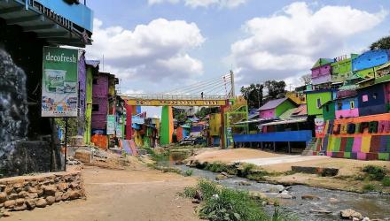Rainbow-Village-29