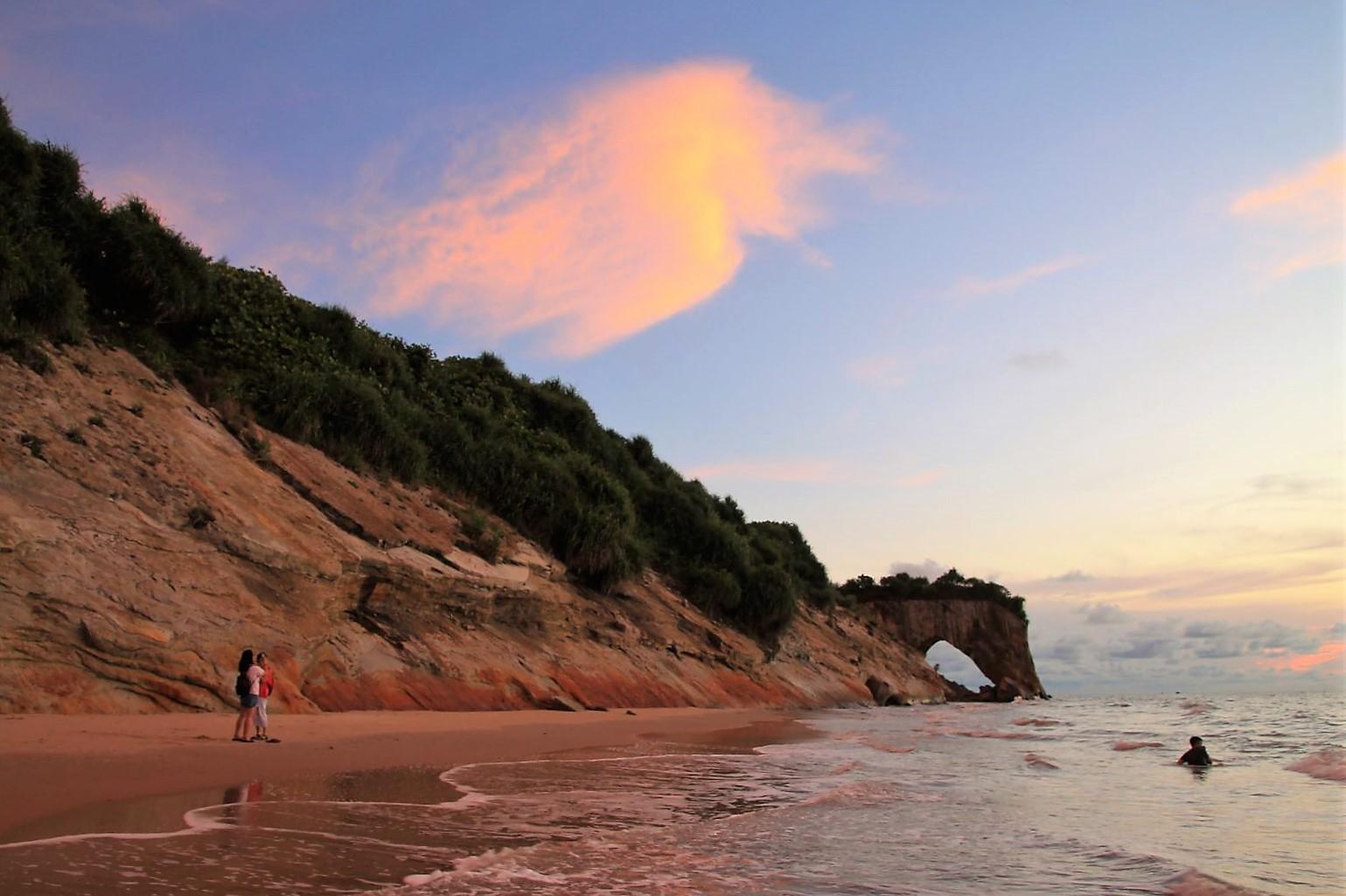 Tusan-Beach-3