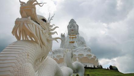 Wat-Huai-Pla-Kung-2-1
