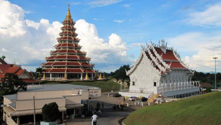 Wat-Huai-Pla-Kung-4