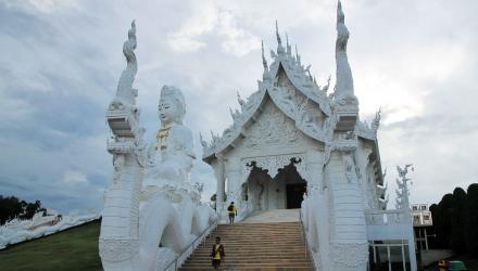Wat-Huai-Pla-Kung-6
