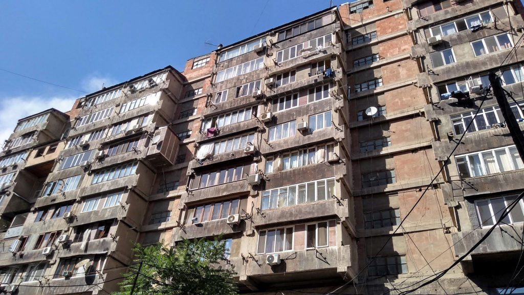 Block of flats in city centre right behind the National Galery
