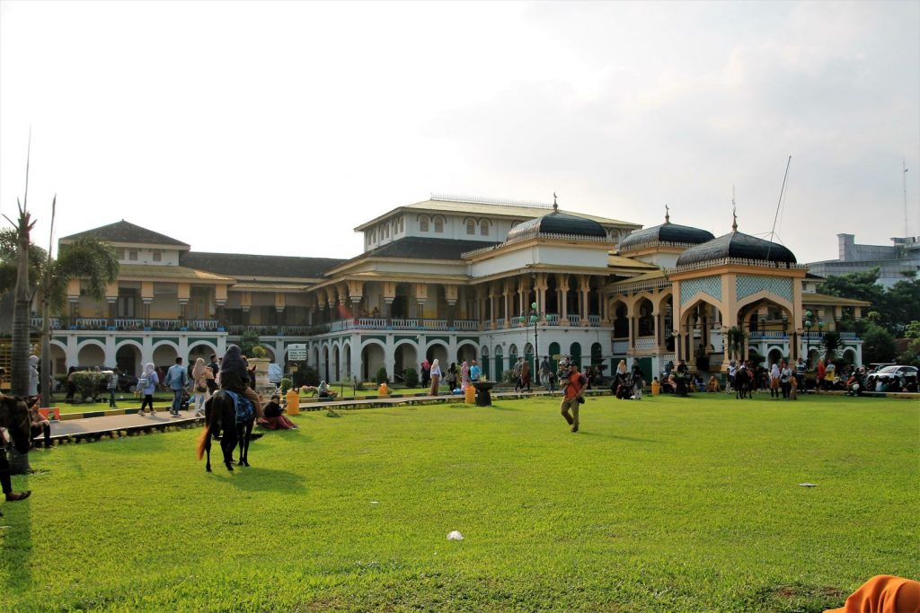 Istana Maimum